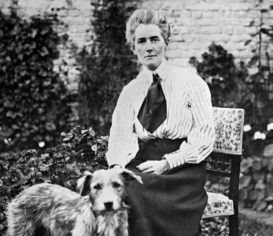 in-our-records-edith-cavell-the-world-war-1-heroine-nurse-executed-for-header